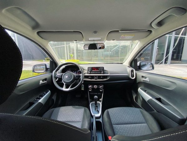 Kia Picanto automático